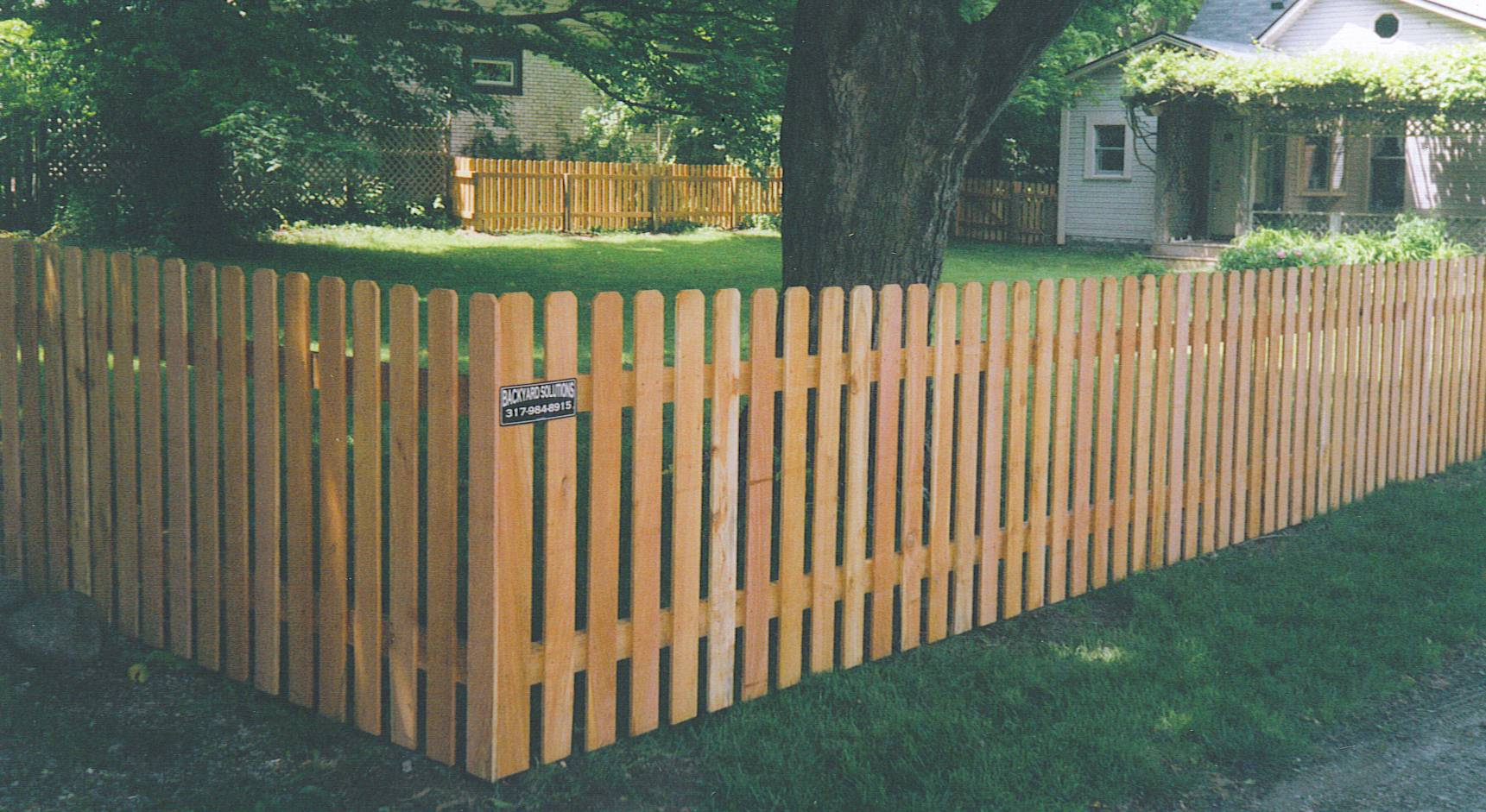 How To Build A  Foot Picket Fence